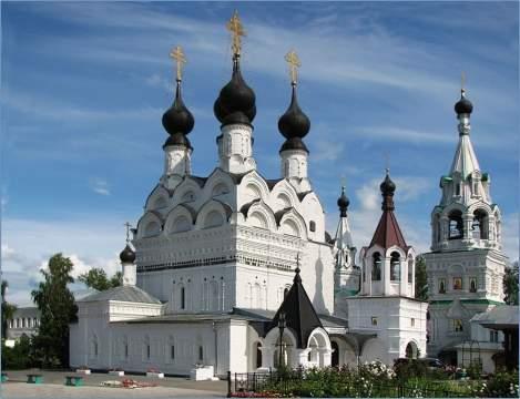 Василиски в православном храме