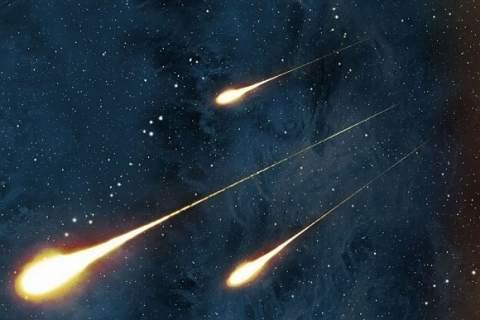 Ученые предупредили о мощном метеоритном дожде в ночь на воскресенье
