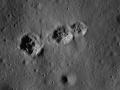 1406059381_Na-Lune-poyavilis-zagadochnye-ogromnye-sledy_1