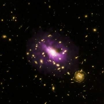 Ультрамассивная чёрная дыра оказалась источником пустот размером с Галактику