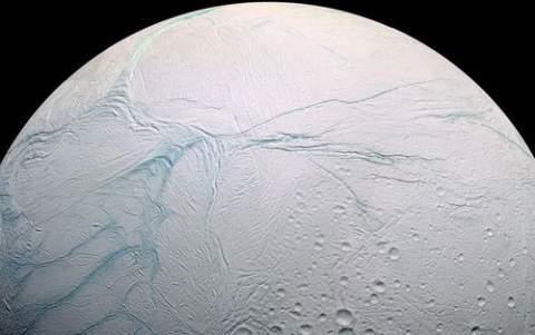 Энцелад: дом для инопланетных форм жизни?
