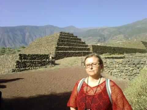 Земля усеяна сотнями пирамид. Зачем они были нужны древним людям?