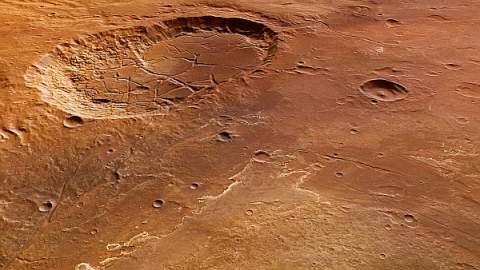 Mars Express сфотографировал трещины гигантского кратера