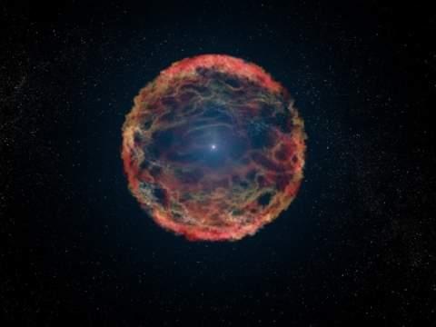 После двух десятилетий поисков Хаббл обнаружил у сверхновой спутниковую звезду